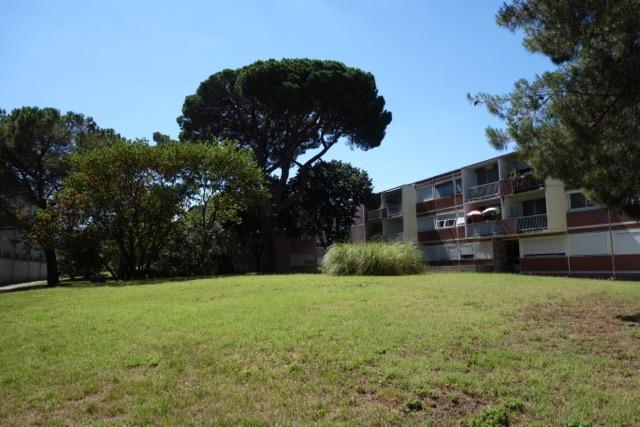urban quartier Ancely : une résidence R+2 donnant sur le parc